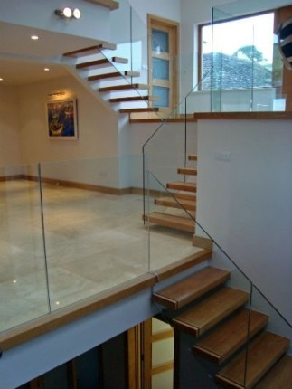 Cantilever staircase Signature Stairs